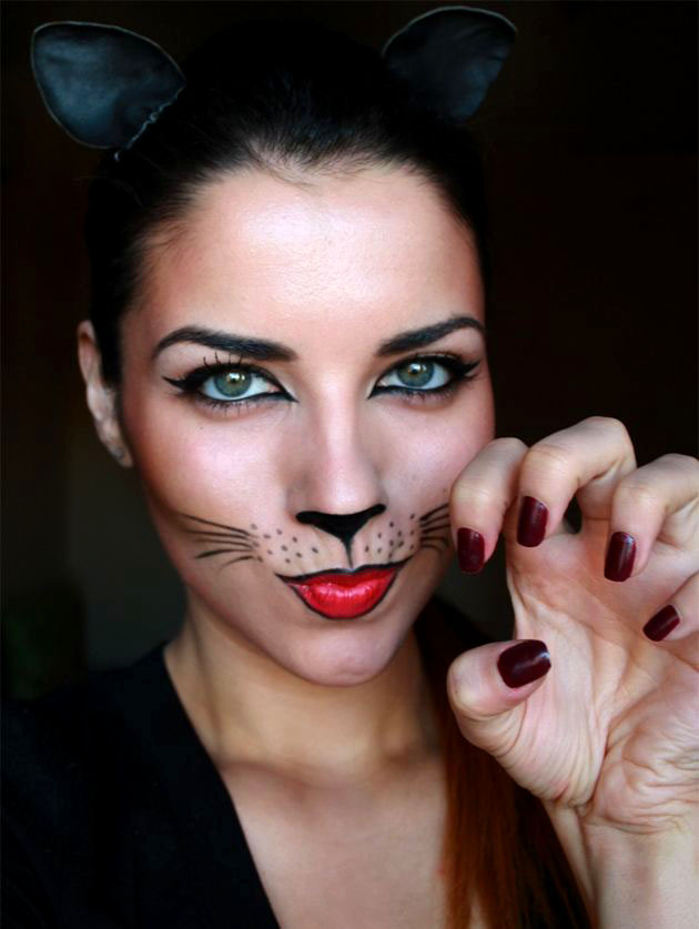 40 Beautiful Face painting Ideas for your inspiration - Pretty Cat Halloween Makeup